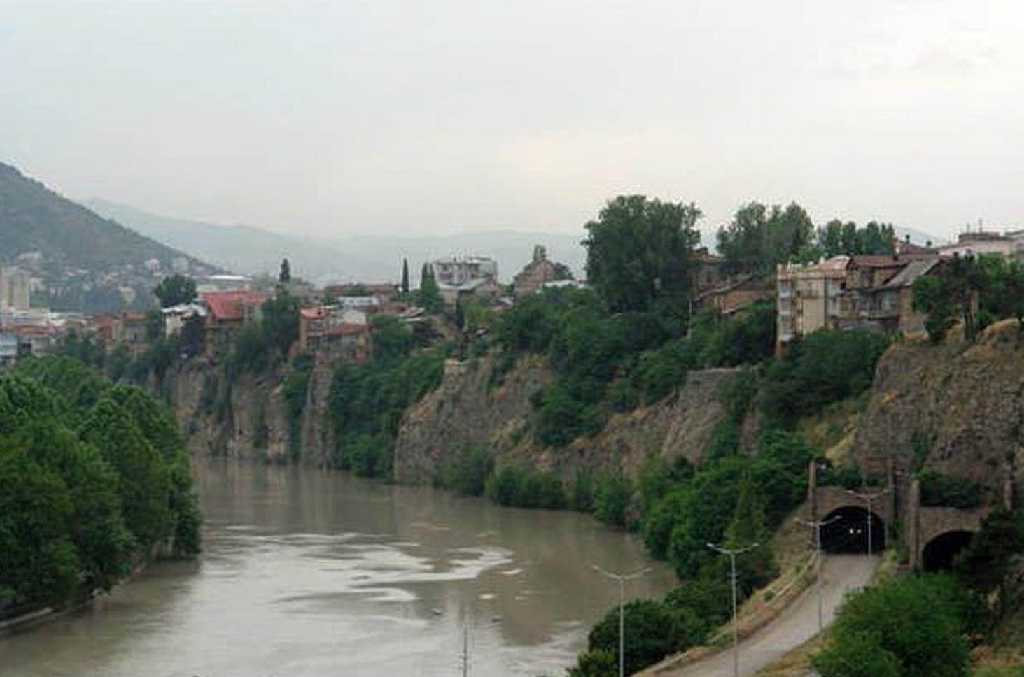 Tibilisi_site photo_river